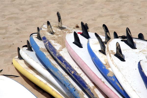 Surfboard rental in Clare